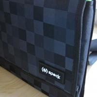 Speck Tuckpack