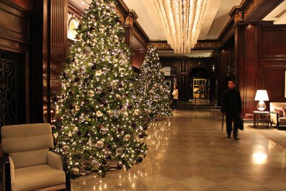 Rosewood Hotel Georgia lobby