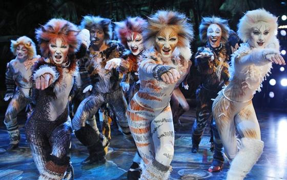 CATS cast production photo