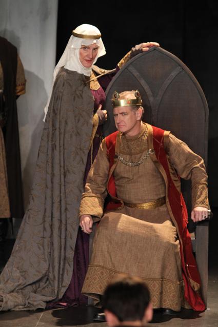 Patti Allan as Queen Elinor; Scott Bellis as King John