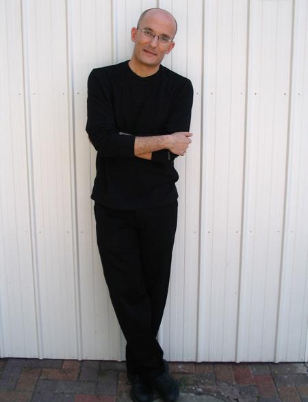 Gil Hovav