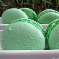 Macarons tray