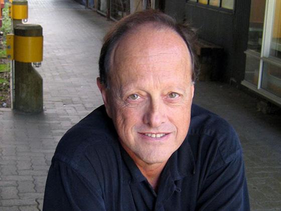 Dr. Ron Burnett