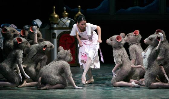 Alberta Ballet Nutcracker performer Aska Homma