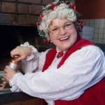 Mrs. Claus' Kitchen: A Tale of North Pole Delights