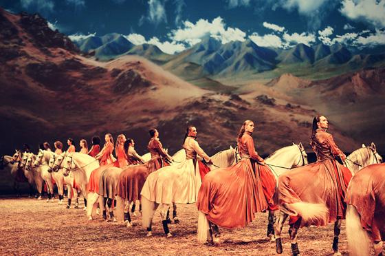 Grand Cavalia; photo by Color-ish Company