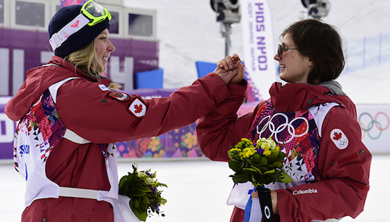 Dara Howell finishes with a gold medal, Kim Lamarre takes the bronze