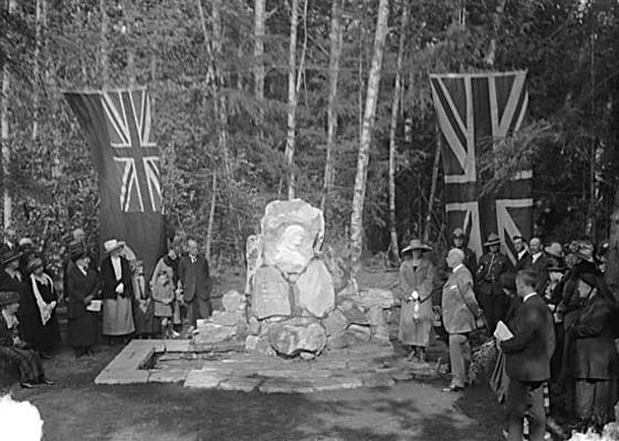 Pauline Memorial Dedication, Stanley Park 1922