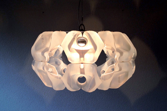 MilkShell lampshade by Gilbert de Rooij