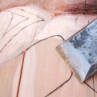 Fraser River Lodge totem pole carving