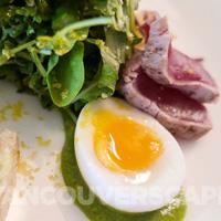 ORU red tuna salad detail