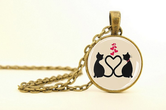 LuLab cats pendant on Etsy Canada