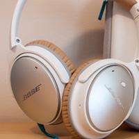 Bose QuietComfort 25 headphones