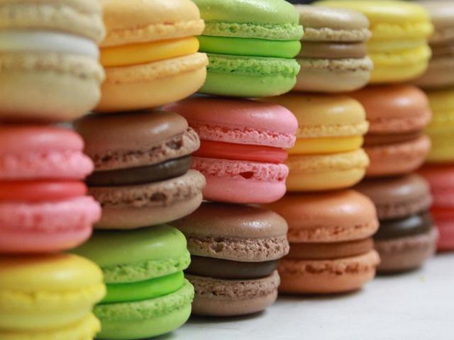 Wikia creative commons-licenced macarons image