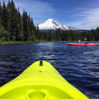 Trillium Lake kayaking, Oregon