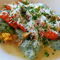 Oakland dining at Lake Chalet
