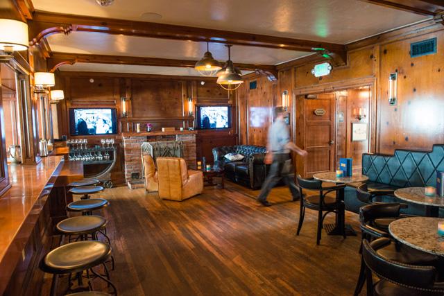 Stateroom bar, Driftwood Kitchen