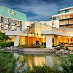 Victoria Luxury Sleeps With Cozy Harbour Views: Inn at Laurel Point