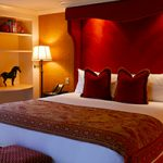 Elegance in the Heart of Vancouver: Wedgewood Hotel & Spa