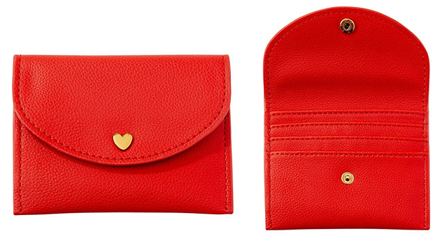 Love and Lore Heart Snap Coin Case