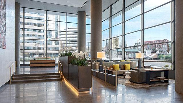 Hyatt Regency Seattle lobby