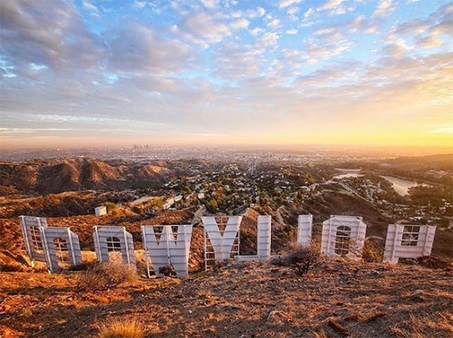 Discover Los Angeles photo of Hollywood Sign